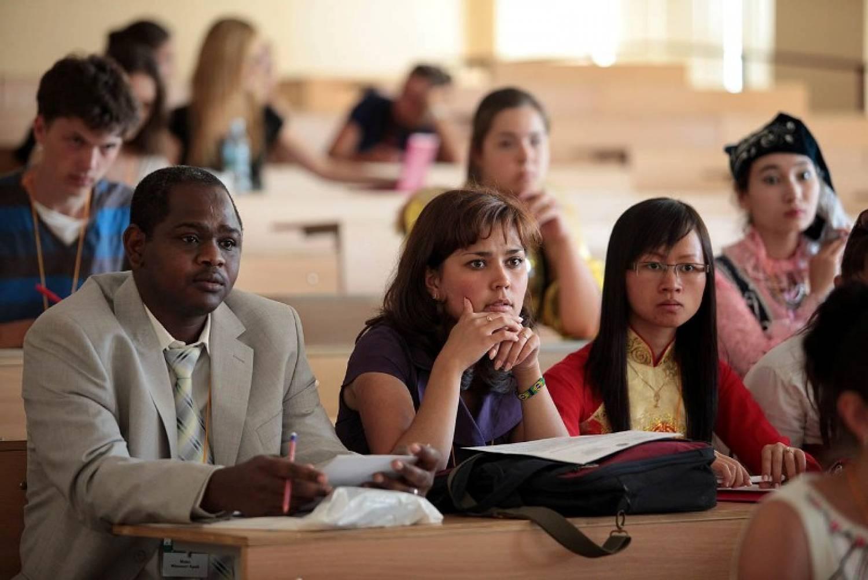 Студентки и огромный черный член, Большой Чёрный Член Студентка (найдено 34 порно.) 22 фотография