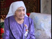 Единственная трактористка в деревне Артя Шигири